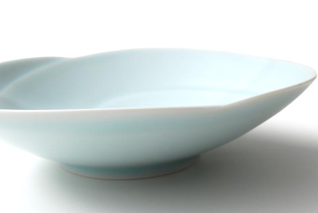 白山陶器 ともえ 浅鉢(中)青白釉