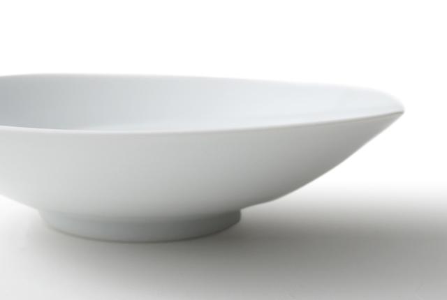 白山陶器 ともえ 浅鉢(小)白磁